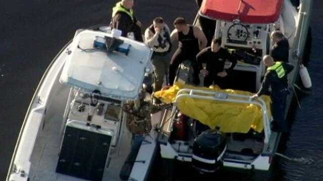 Boater found dead after crashing into pole in Sanford