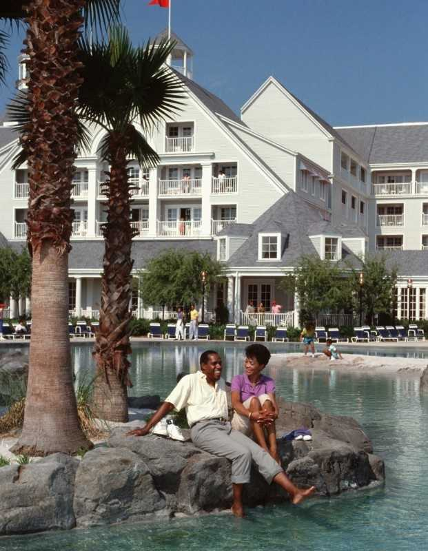 Stormalong Bay, the largest and most unusual water recreation area of its kind, is as relaxing as it is breathtaking. Guests at Disney's Yacht Club Resort and Disney's Beach Club Resort enjoy swimming in a 750,000-gallon, sand-bottom lagoon with bubbling fountains, whirlpools, a life-size shipwreck play area and a giant water slide.