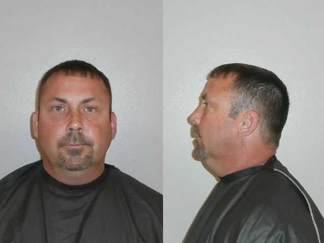 HUNTER, DANIEL: Poss Firearm/Ammo/ Electric Devices By Convicted Felon