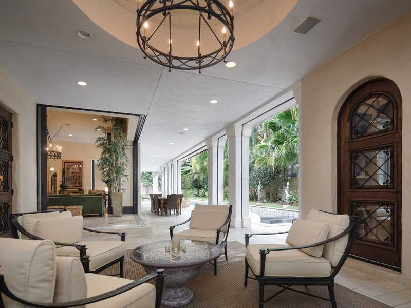 Sit back and relax in this comfortable, luxurious patio area.