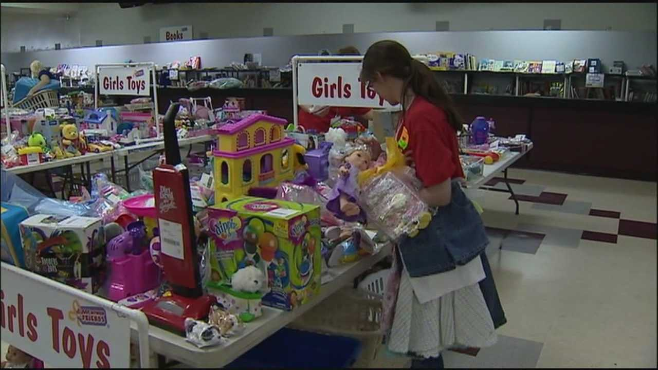 The latest consignment craze is the recycling trend for young families and locally it's catching on fast.