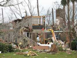 3. Feb. 2, 2007 – This EF3 tornado broke out in the overnight hours in Lake and Volusia counties, killing 13 people and injuring 51.
