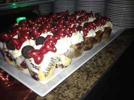 Minnie cakes.