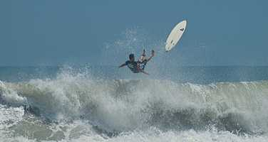 @AimeeBlegen - #TODAYinOrlando must go to the beach!