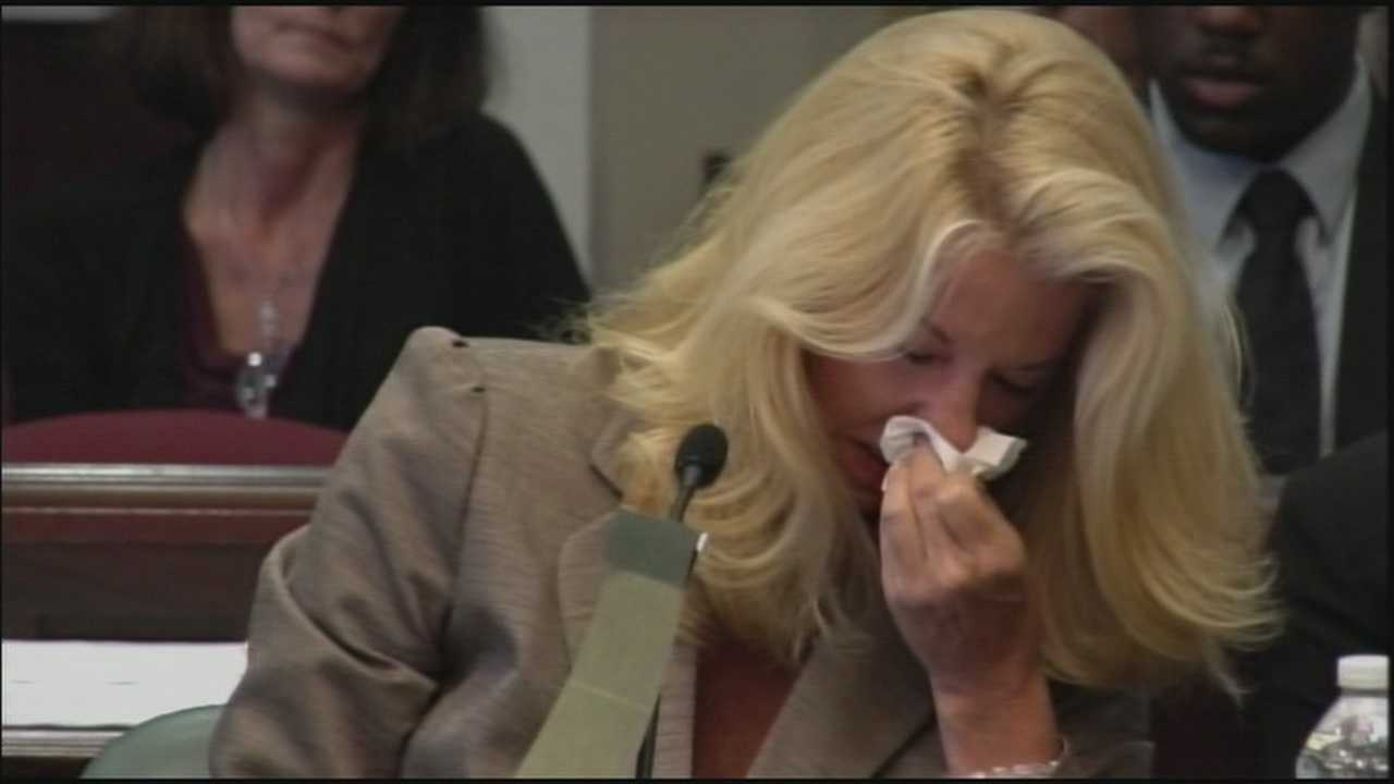The trial for Caryn Kelley, a real estate agent accused of manslaughter, has begun.