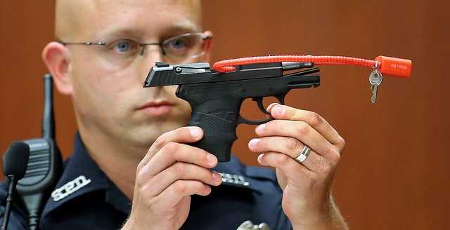 3. First officer on-scene: Zimmerman's back was wet, had grass on itOfficer Timothy Smith said he was the one who handcuffed Zimmerman after Zimmerman admitted to shooting Martin. Smith said the back of Zimmerman's jacket was wet and covered in grass, and the back of his pants were wet, helping the defense's case that Martin was on top of Zimmerman.