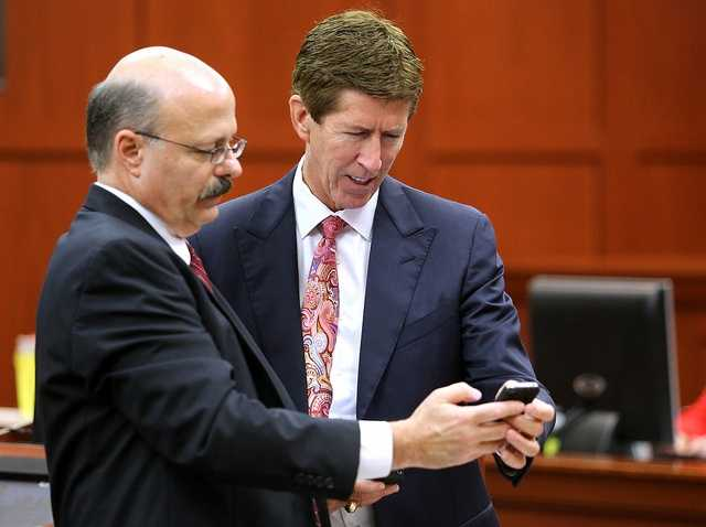 "6. 'What kind of symptoms would you expect from a gunshot wound to the heart?'WESH 2 legal analysts say prosecutor Bernie de la Rionda's final question was a sign of frustration. On re-direct, De la Rionda asked Folgate, ""What kind of symptoms would you expect from a gunshot wound to the heart?"" The defense's objection was, of course, sustained."