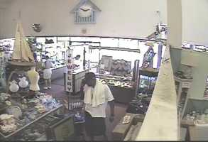 Police in Daytona Beach need help identifying two burglary suspects who targeted an antique store.