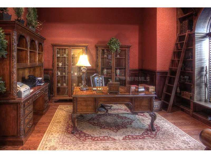 Exquisite and conservative office space, features great views and a classic library ladder.