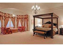 Master bedroom's space and design make this room breathtaking. It measures at 29x33 sq.feet.