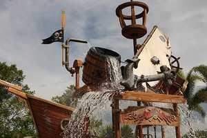 4. Shipwreck at the Fuentes del Morro Pool - Features: Shipwreck them, mini slides, buckets