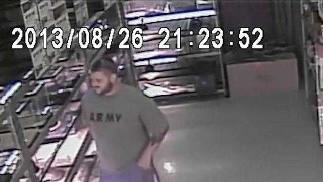 Belleview police are searching for a man who walked into a pet store and stuffed a snake down his pants.