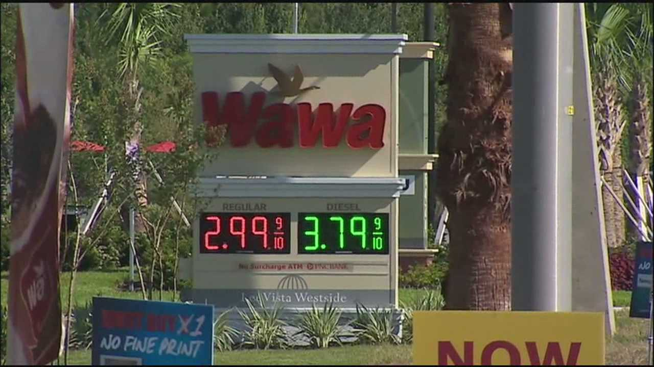 The grand opening of a gas station near Orlando International Airport could ignite a price war.