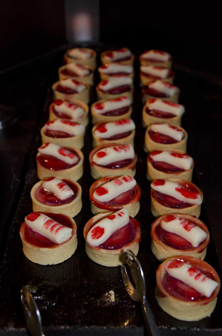 Bloody finger tarts