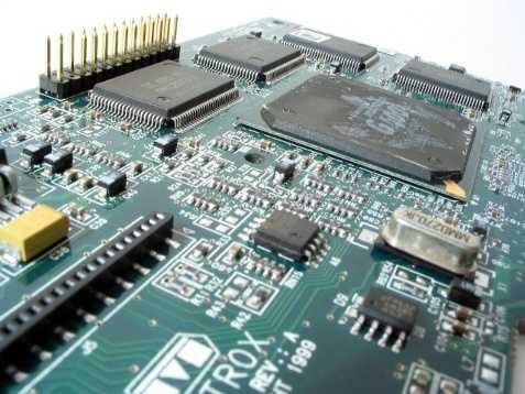 13. Engineering Technologies/Technicians - 1.42%