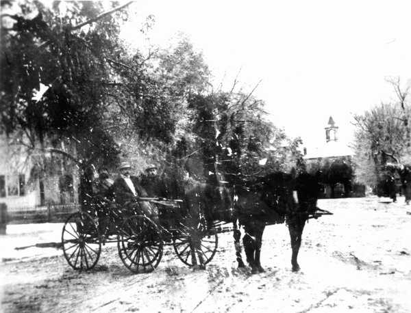 A horse carriage riding through the snow in Monticello, Florida. Photograph taken taken in 1895. There have been several recorded snowfalls in northern Florida, but did you know that the first recorded snowfall in South Florida was on Jan. 19, 1977?