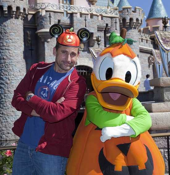 Actor Steve Carell visited Disneyland last week and bumped into his friend Donald Duck.  Carell said it was his first visit to the park during the Halloween time.