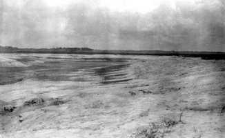 A panorama of the Lake Jackson sinkhole in 1932.