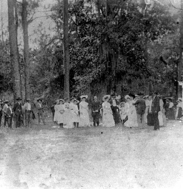 A gathering around a sinkhole by Rocky Springs Methodist Church in Madison County, Fla. (Date not known).