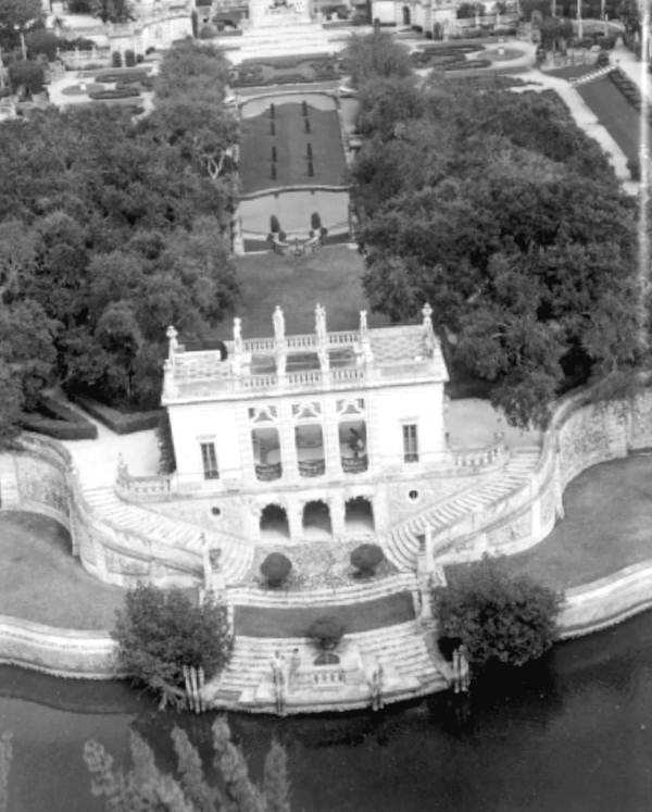 A partial aerial view of the mansion.  Photograph taken in 1961.