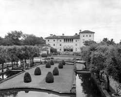 The gardens of Vizcaya at the back of the mansion.