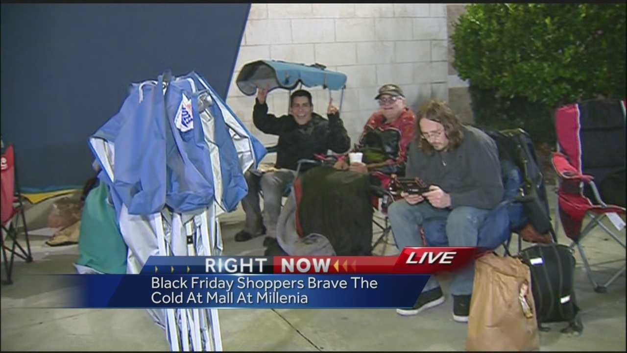 Black Friday shoppers get early start Wednesday night