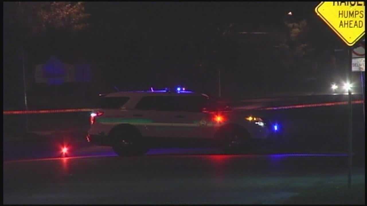Teens shot in Pine Hills