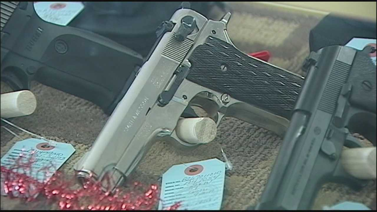 The Florida Department of Law Enforcement is on tap to conduct a record number of background checks this year on private firearm purchases.
