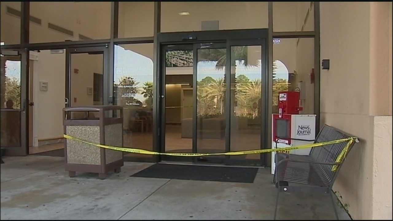 A gunman died and two nurses suffered minor injuries after shots were fired at Halifax Medical Center in Daytona Beach early Sunday morning.