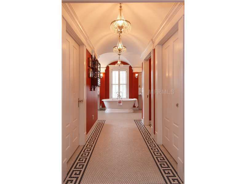 Hallway to the ensuite bathroom.