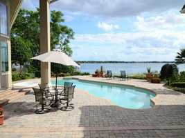 The home has amazing lake views from the pool or jacuzzi.