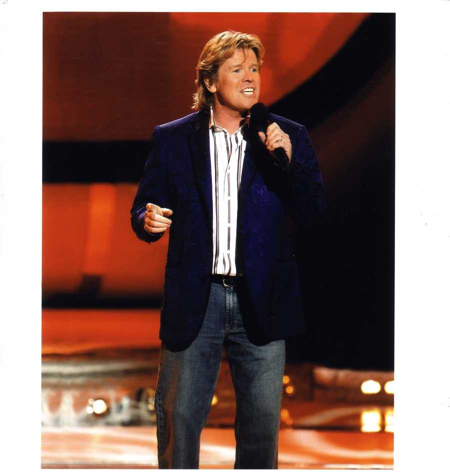 """Herman's Hermits starring Peter Noone """" I'm Henry the VII, I am"""" April 25-27"""
