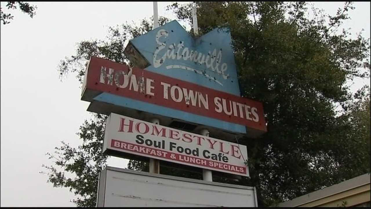 70 people being forced from motel get temporary reprieve