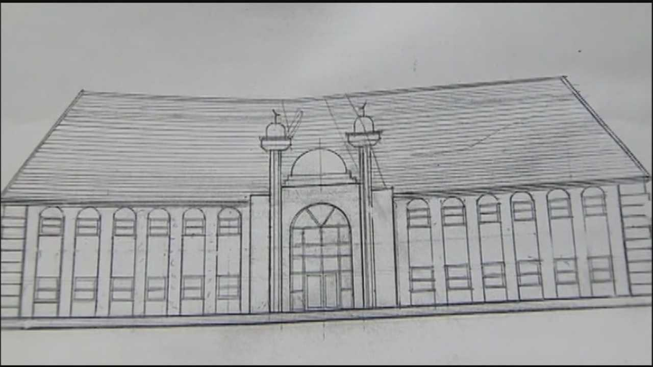 Residents near the Bay Hill community are fighting against a proposed mosque saying the new building would bring too much traffic.