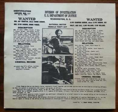 Bonnie Parker & Clyde Barrow authentic/original FBI wanted poster. Bonnie and Clyde were responsible for 13 murders: $500
