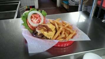 4. Breakers Burger: Bacon BurgerWhat's on it: An 8 ounce hand-formed beef patty grilled to your specifications and topped with cheese, bacon, lettuce and tomato. Address: 518 Flagler Ave, New Smyrna Beach, FL 32169