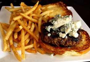 6. Downtown Pourhouse: Bleu BurgerWhat's on it: Buttermilk Bleu BheeseAddress: 20 S. Orange Ave, Orlando, FL 32801