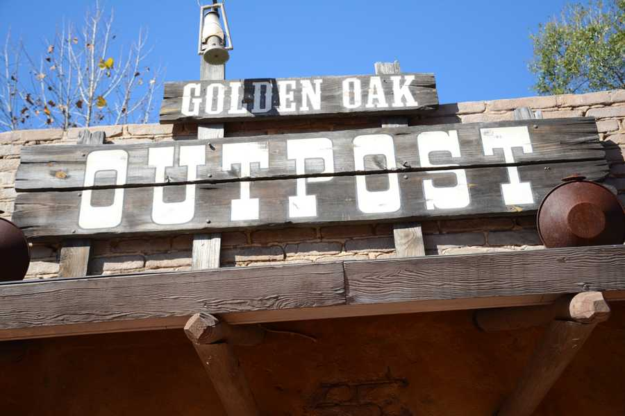 Magic Kingdom Park's Golden Oak Outpost, located in Frontierland, is where you will discover the tasty and satisfying powdered-sugar corn fritters.