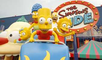 3. The Simpsons Ride: Once you board your vehicle, you'll embark on a wild ride through the park while flying, floating and more through Krustyland's kiddie attractions, stunt shows and thrill rides.Height requirement: 40 inches