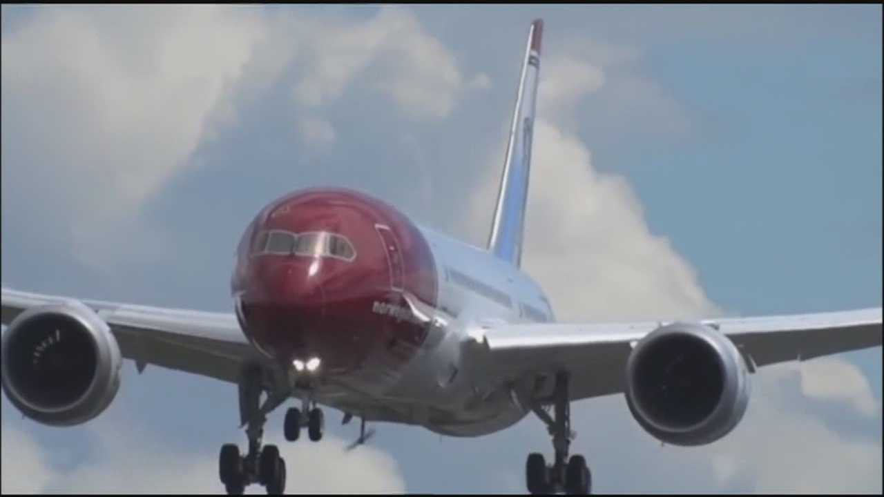 Local pilots oppose expanding international service with Norwegian Air