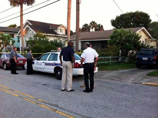 Police are investigating a homicide in the 400 block of Vermont Avenue in Daytona Beach Thursday night.