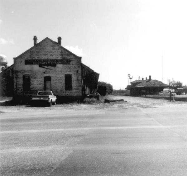 Abandoned Atlantic Coast Line freight station - Live Oak, Florida. (1974)