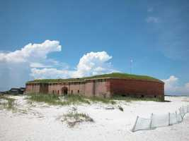 The Gulf Islands in North Florida have white sandy beaches along the Gulf of Mexico that draw in millions of people. Visitors can swim, go for a boat ride, camp, tour an old fort or fish.