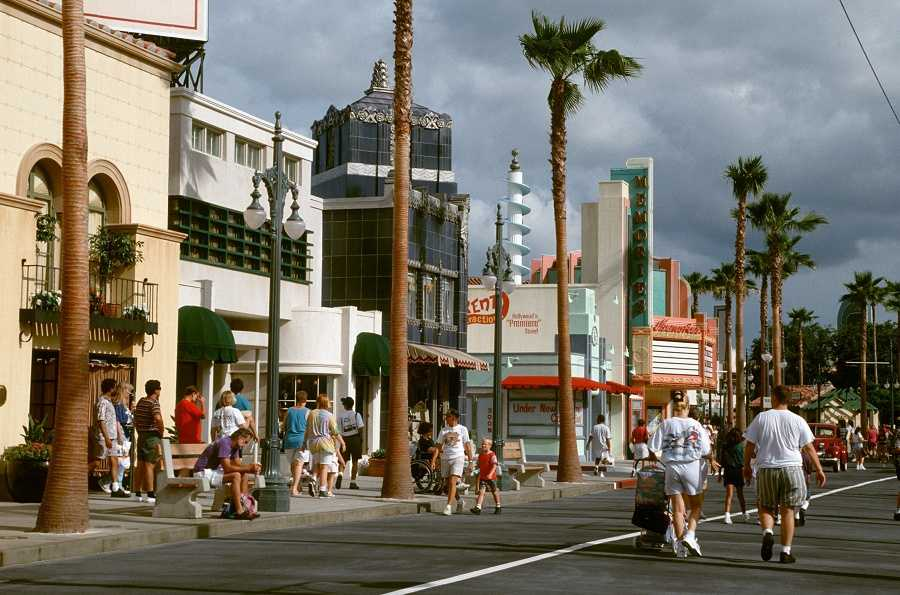 Disney's Hollywood Studios opened on May 1, 1989. Take a look back at some historic photos from the park's construction and history.