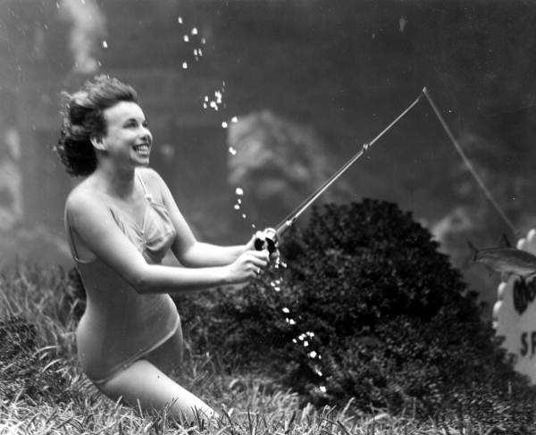 In 1949, a mermaid showed off how she fished while underwater.