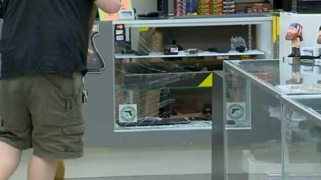 Gun store breakin.jpg