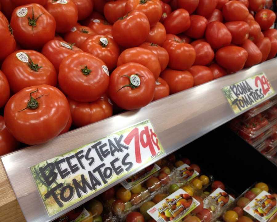 Organic Beefsteak Tomatoes at Trader Joe's: $.79/pound