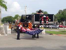 The city of Sanford held a Memorial Day parade and remembrance ceremony to salute and thank the veterans who gave their lives.