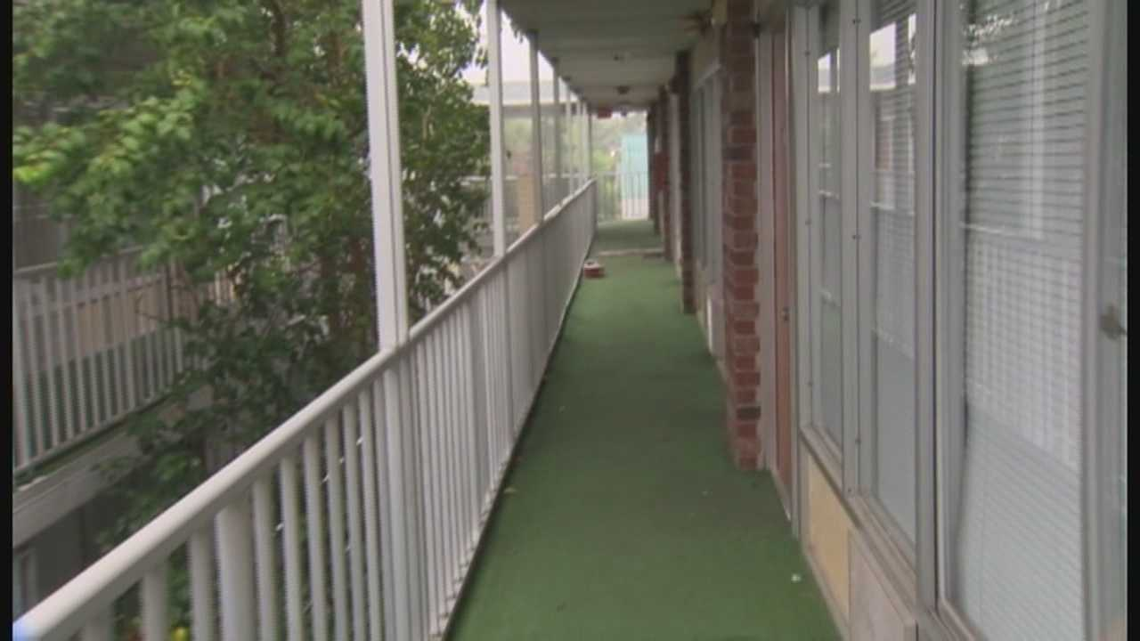 Bed bugs, uneven stairs, and an elevator that hasn't worked in five months. Some residents of the Remington Inn and Suites in Altamonte Springs are fed up and are calling the non-working elevators a major fire hazard.