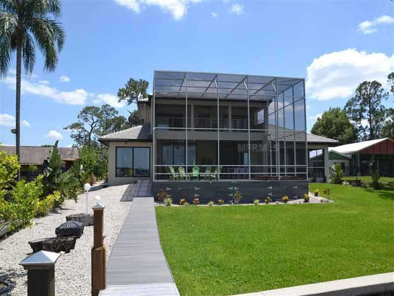 The property sits on 0.58 acres in Apopka, Florida.For more information on this property, visit Realtor.com